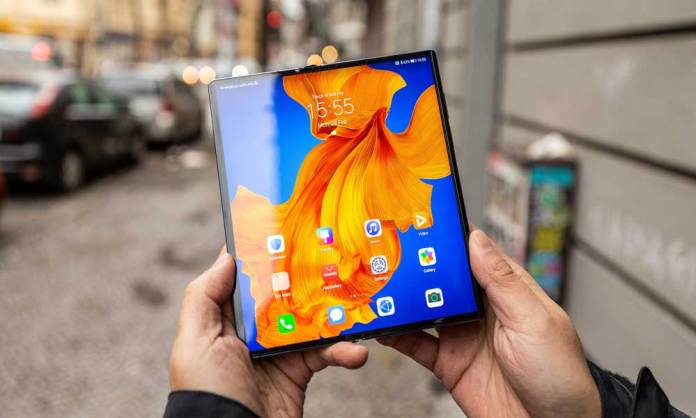 Huawei Mate XS foldable announced with a more durable display and better processor