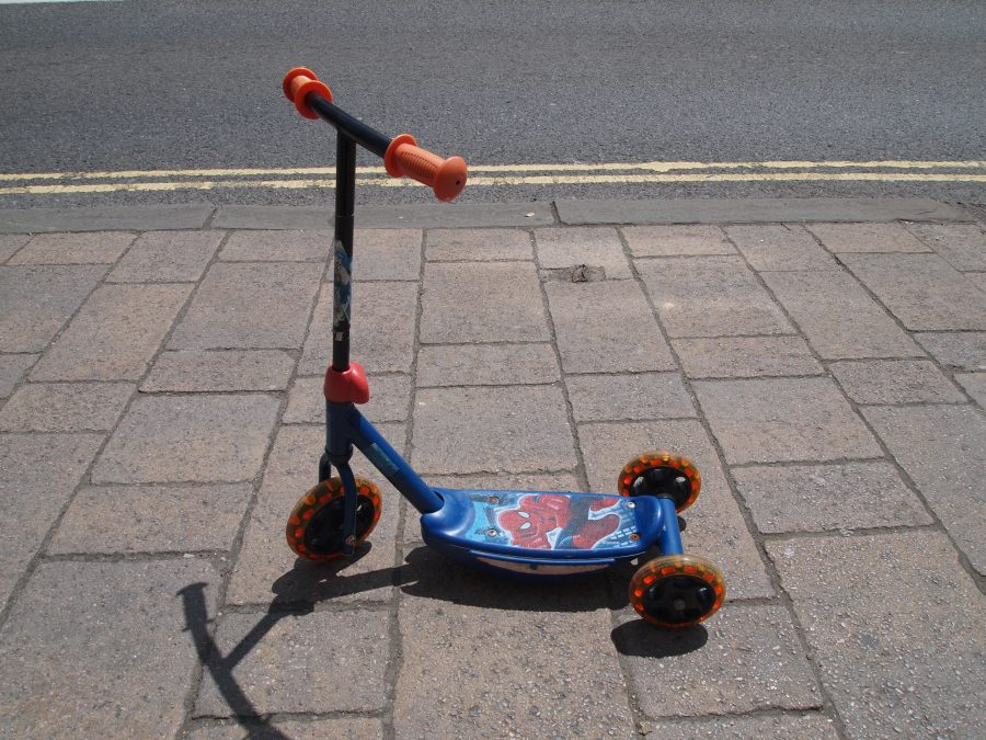 Spiderman 3-Wheel Scooter
