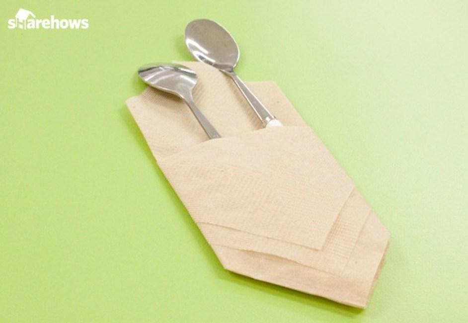 초간단 냅킨으로 수저집 접는 법