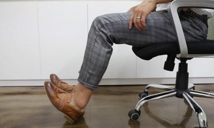 직장인을 위한 다리 부기 빼는 운동법