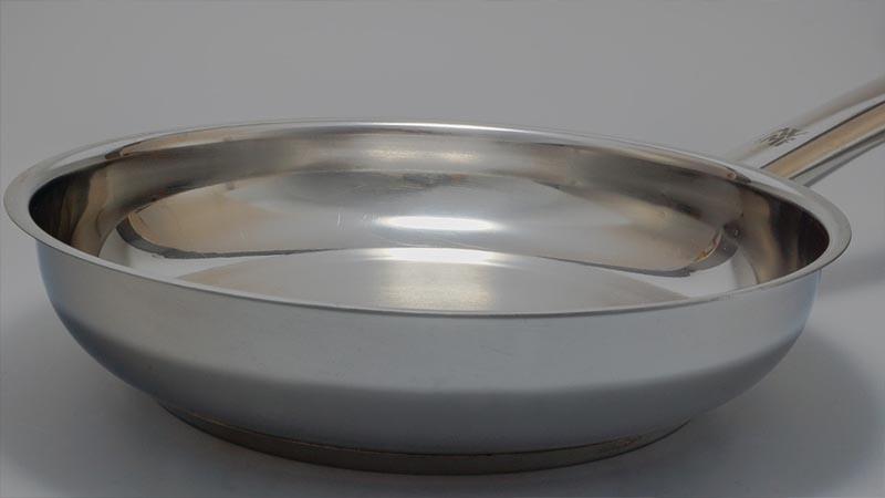 Choosing-a-frying-pan 03