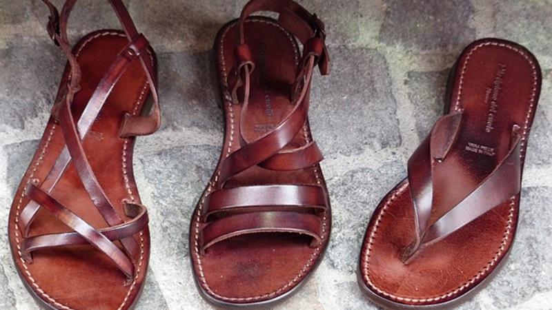 shoes-357897_640