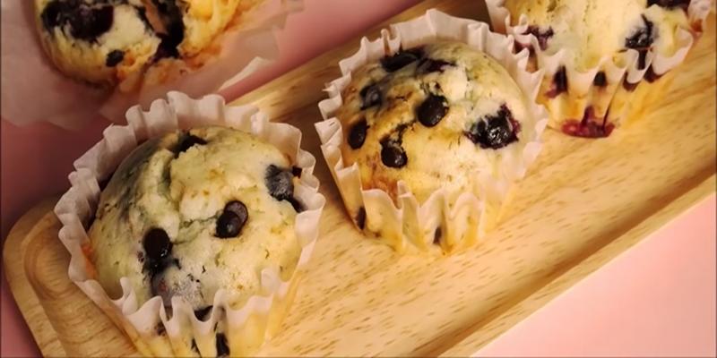 베리와 초코칩이 톡톡 터지는 블루베리 머핀 만들기