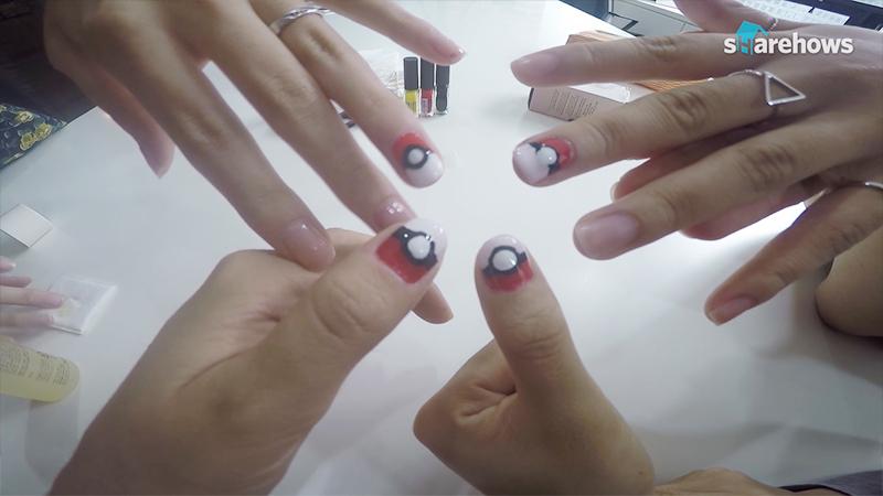 monsterball nail art 08