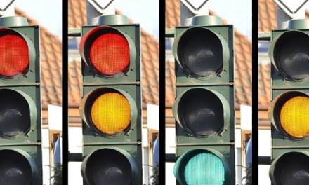 황색 신호등, 왜 필요할까?