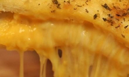 환상의 커플 마늘과 치즈의 하모니, 마늘빵치즈토스트