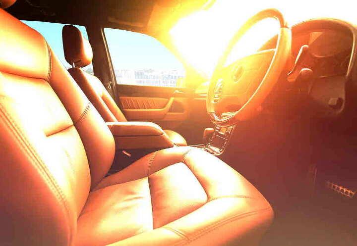 더워지는 날씨, 자동차에서 깜빡 두고 내린 것은 없나요?