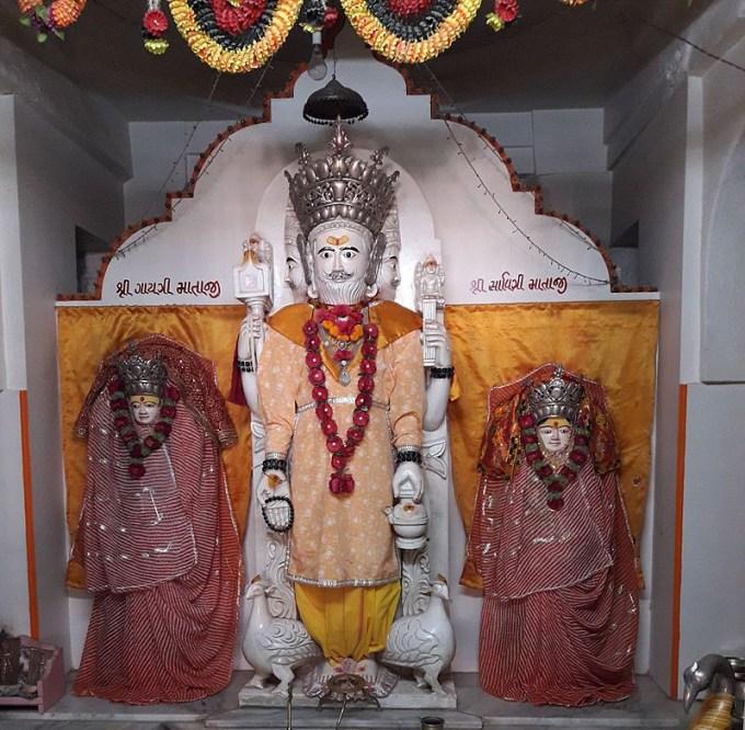 Brahmaji_Temple_of_Khedbrahma8