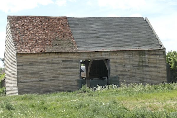 Just near Maple Cross this barn is being restored