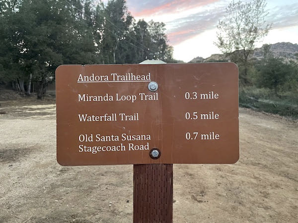 Second sign on Old Stagecoach Trail