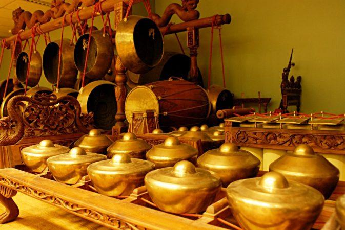 Alat musik tradisional Talempong