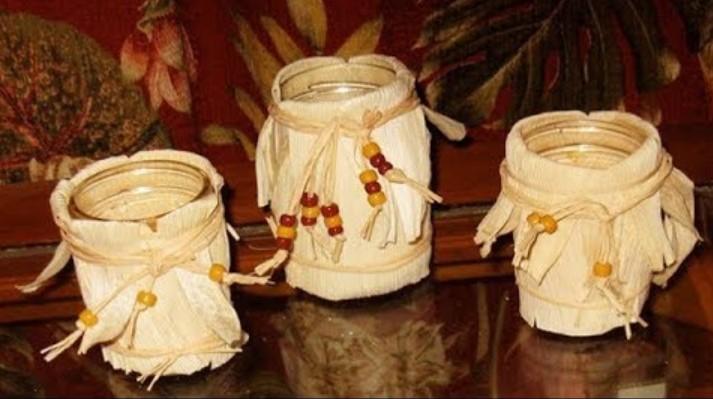Kerajinan Vas Bunga Dari Kulit Jagung