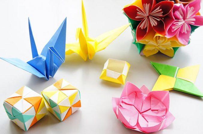 Gambar Kolase dari Kertas Origami