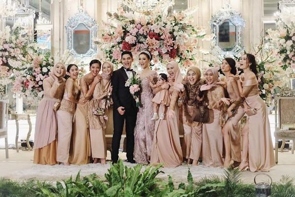 Contoh Teks Mc pernikahan [TERLENGKAP] Beserta Panduan Naskahnya