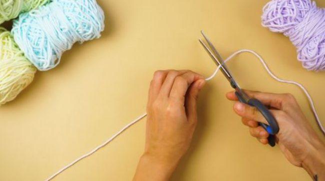 Contoh dan Teknik Membuat Kerajinan dari Benang Woll