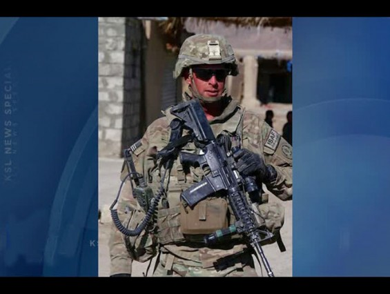 iphone-5-save-us-soldier2-565x426