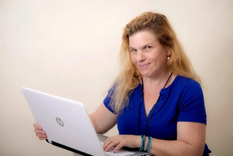 שרון פל בניית אתרים ופייסבוק
