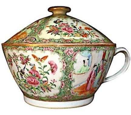 chamber pot 9