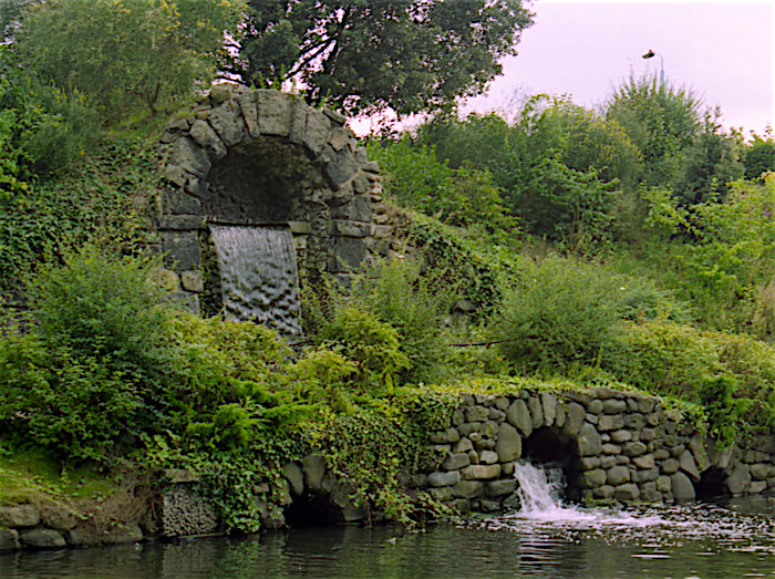 Chiswick House cascade and grotto