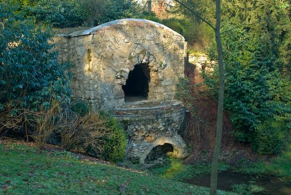 Stowe Landscape Garden, grotto