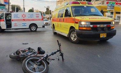 תאונת אופניים אמבולנסים של מגן דוד אדום