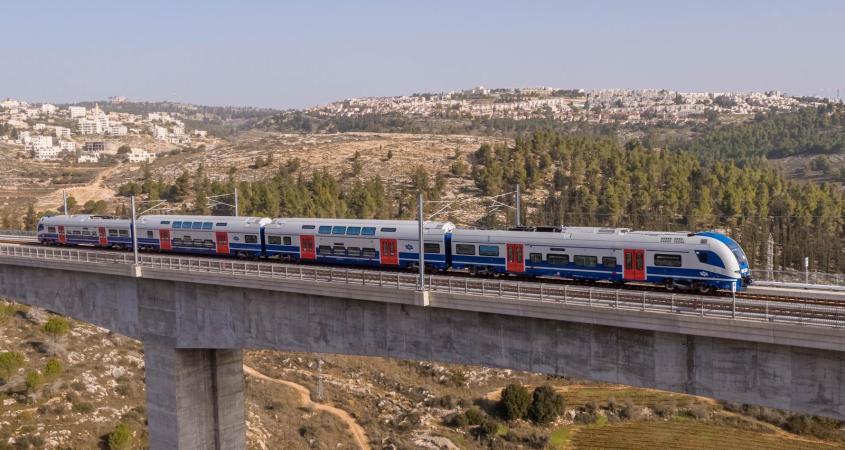 רכבת חדשה מהירה וחשמלית מהרצליה לירושלים
