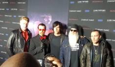 Josh Homme, Jesse Hughes, Matt McJunkins, Dave Catching, and Jorma Vik