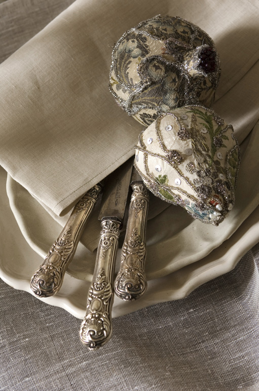napkin and table ware