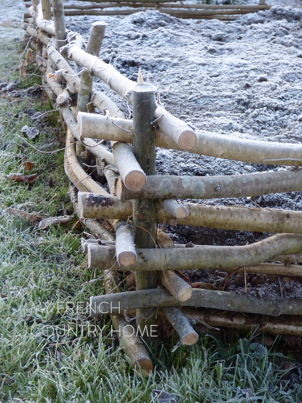 detail wattle fencing