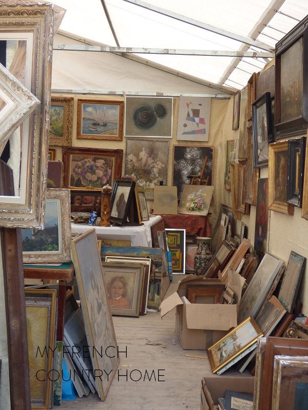 antique paitnings in french market