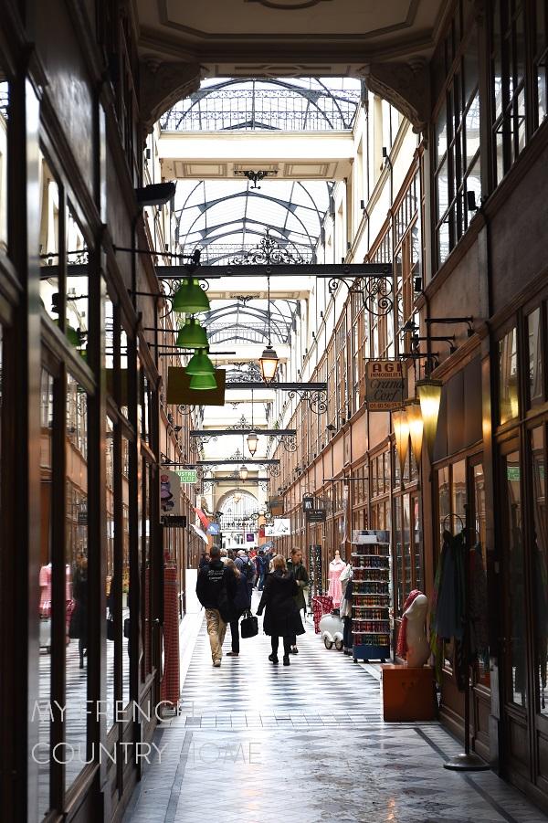 covered arcade paris
