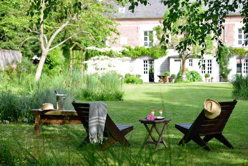 guest and house La maison et l'atelier evening drinks