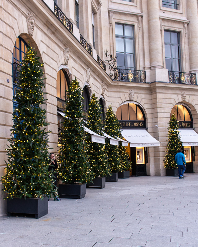 Place Vendome- paris decorated for Christmas- MY FRENCH COUNTRY HOME