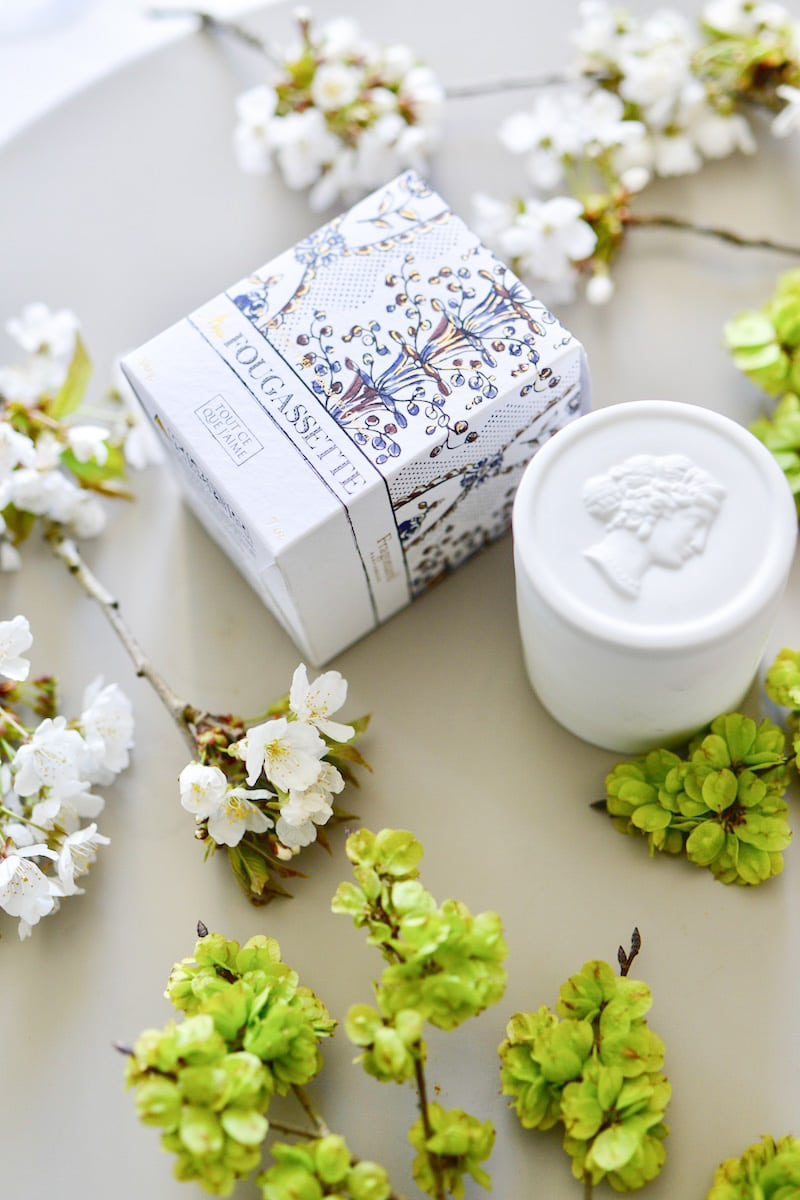 blue and white box- may 2019- my stylish french box- fragonard candle