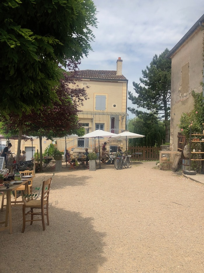 the french country lunch on the MFCH Burgundy Tour