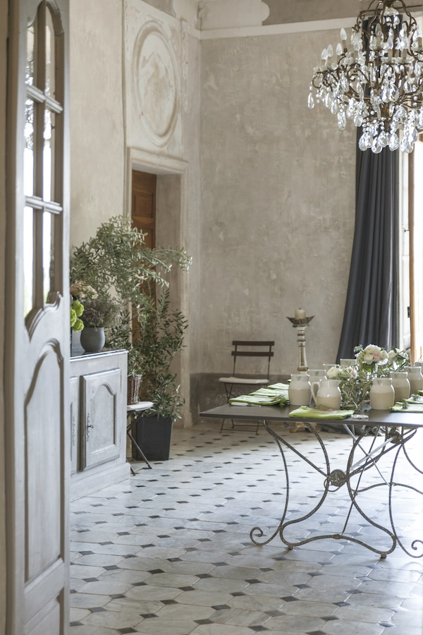 A peek into the dining room at Chateau de Moissac the location for Sharon Santoni's Provence Retreat