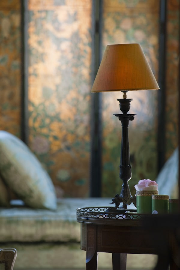 lamp with painted screen