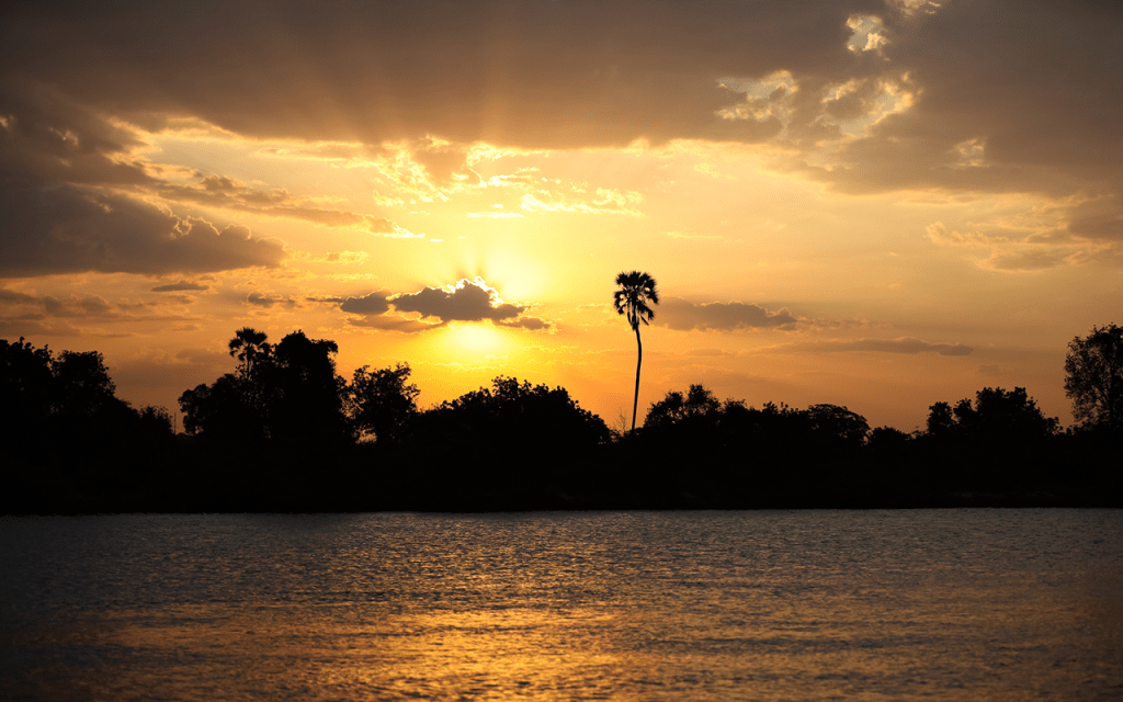 Zambia | Victoria waterfall and Zambezi river sunset