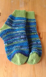 finished-super-sonic-crochet-socks-1