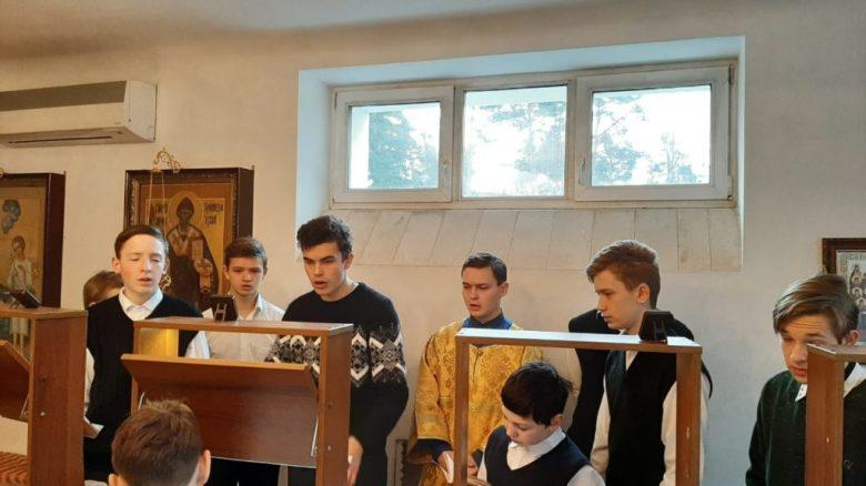 Церковные послушания в школе