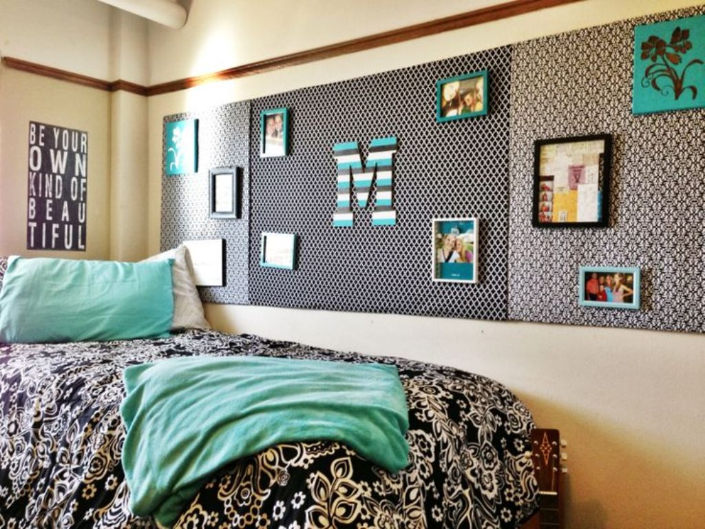 Best 21 Creative Picture Wall Ideas And Photos For 2017 This Month