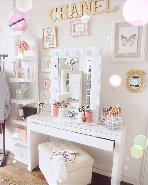 Best Beautiful Vanity Décor Ideas For Springtime Lifestyle This Month