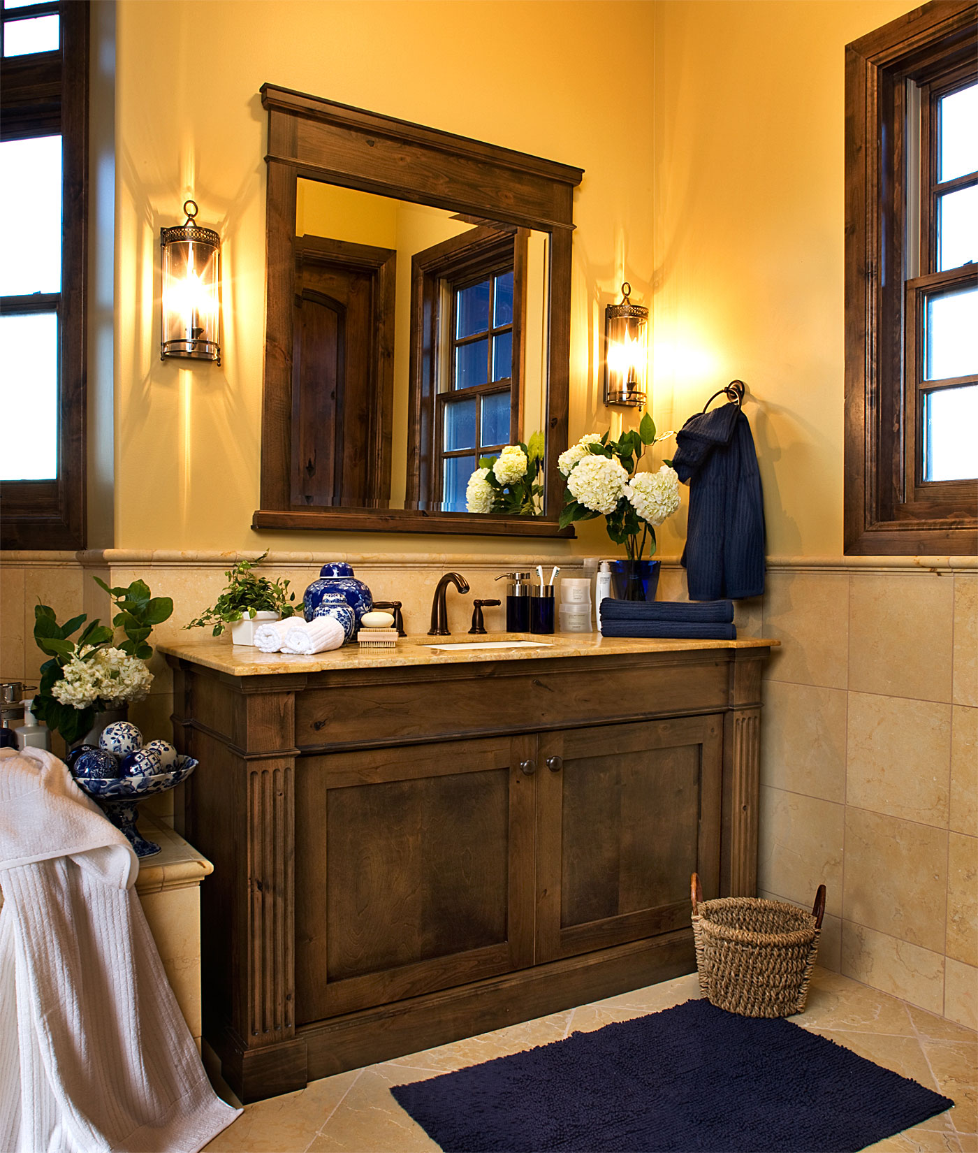 Best 25 Marvelous Traditional Bathroom Designs For Your Inspiration This Month