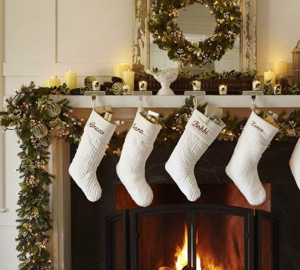 Best 15 Christmas Wreath Ideas For 2010 By Potterybarn This Month