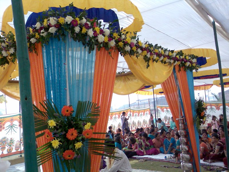 Best Beautiful Flower Decoration Florist Ahmedabad Flower This Month