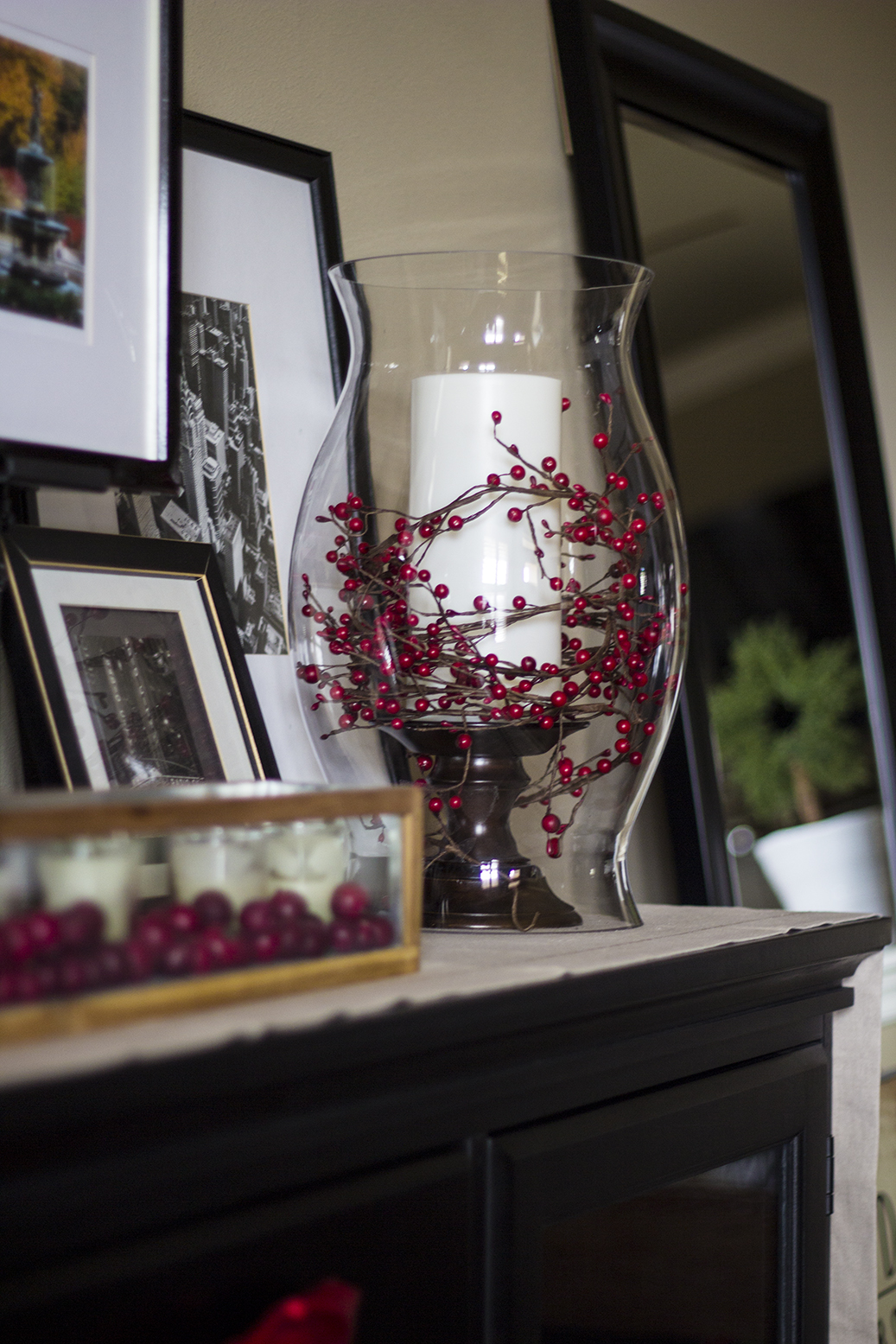 Best Holiday Home Tour Classic Christmas Decor This Month