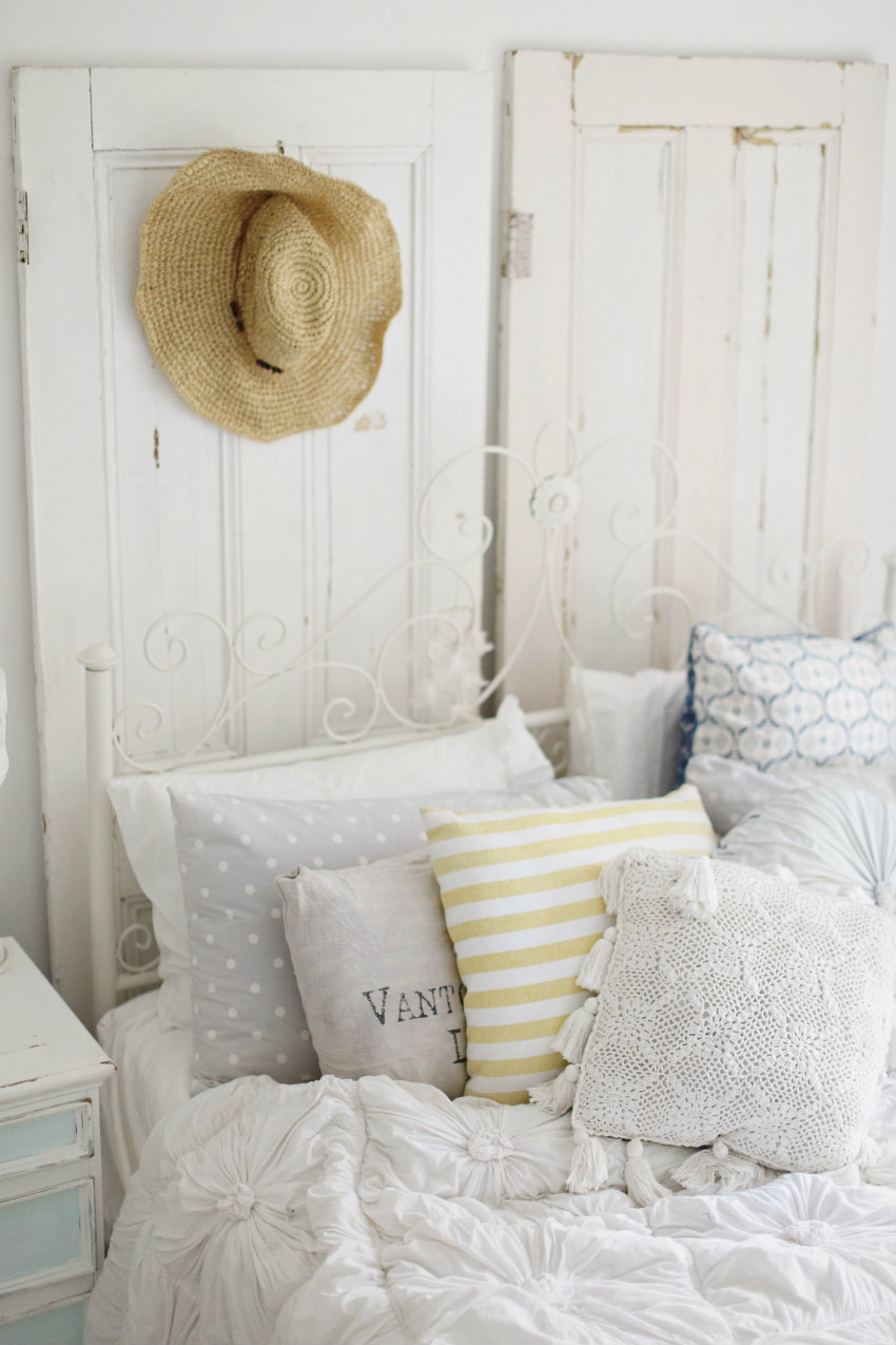 Best 16 Beach Style Bedroom Decorating Ideas This Month