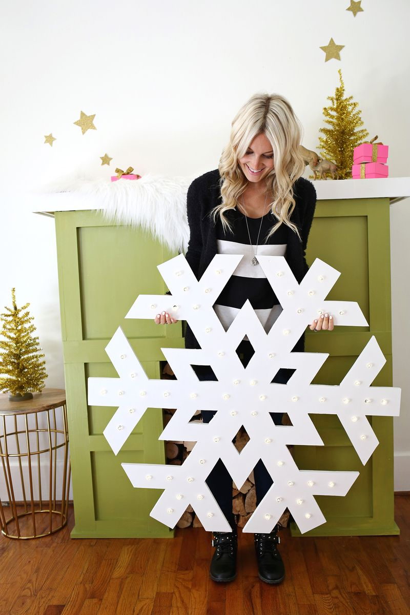 Best Giant Snowflake Light Up Marquee – A Beautiful Mess This Month