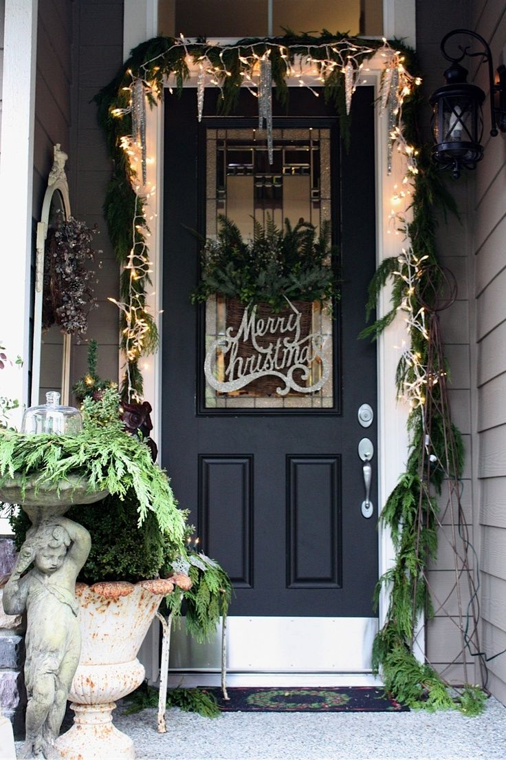 Best Top 40 Christmas Door Decoration Ideas From Pinterest This Month