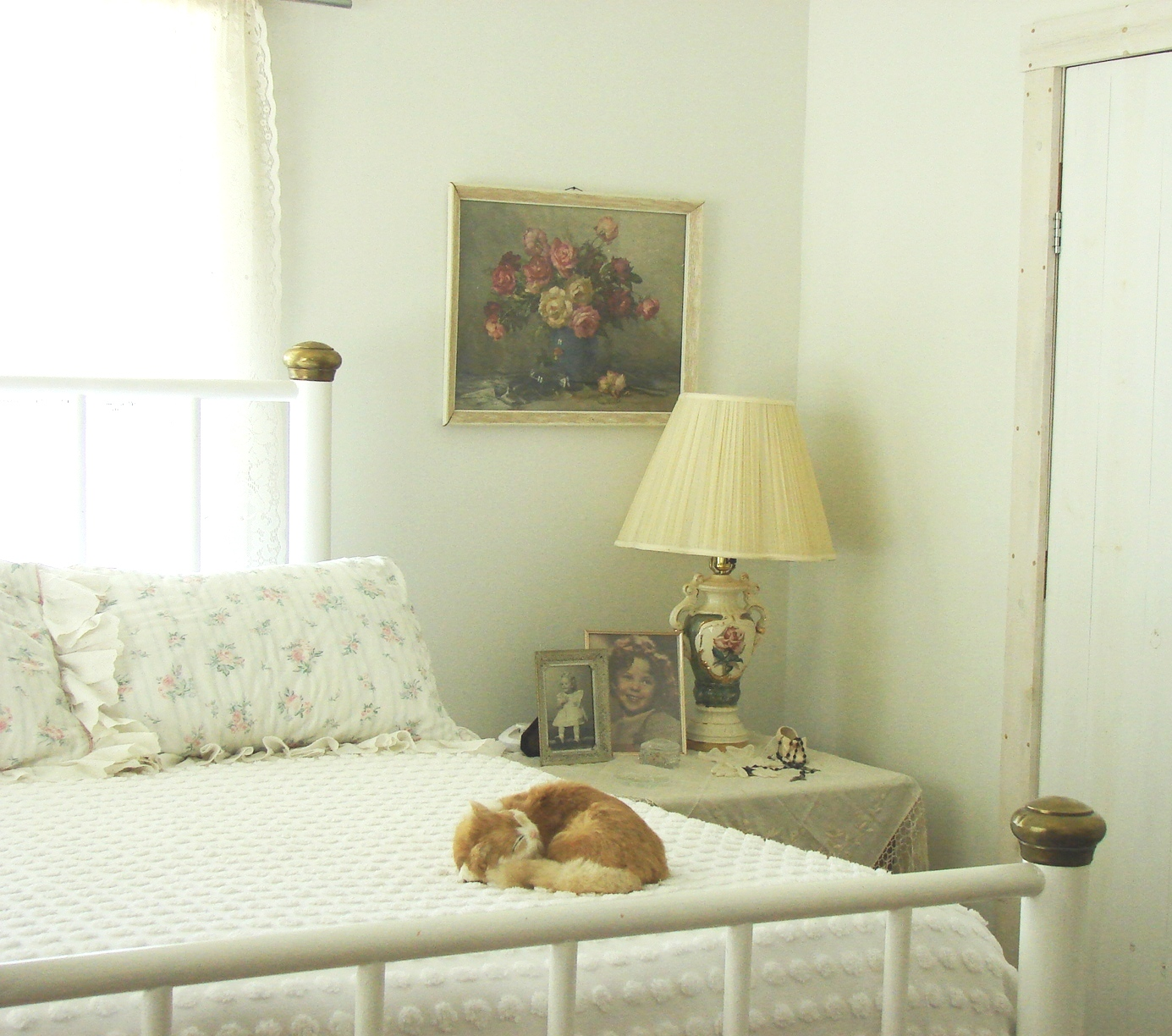 Best The Country Farm Home The Country Bedroom 1930S Style This Month